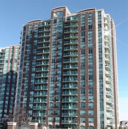 4878 Kimbermount Ave. condominium Mississauga