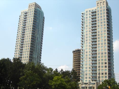 Absolute Towers Condominiums, Mississauga Ontario