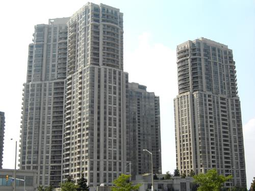 Skymark Towers Condos, 25 and 35 kingsbridge Grdns Circ. in Mississauga Ontario