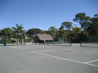 Bay Forest Naples Fl tennis courts