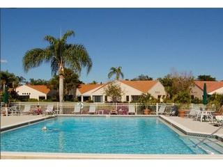 Beachwalk Naples Fl pool