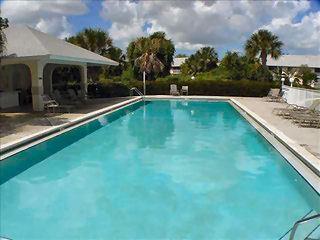 Sapphire Lakes Naples Fl community pool