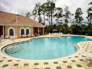 Forest Park Naples Fl community pool