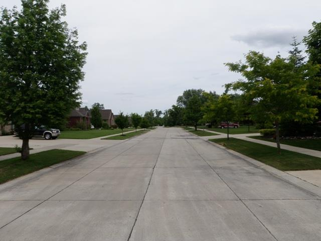Whispering Pines Livonia Michigan Street Views