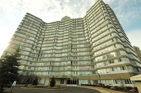 The Californian 50 Kingsbridge Garden Cirlce Mississauga