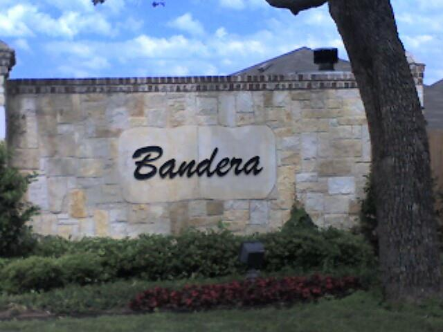 Bandera of Bedford by specialist Scott Real Estate