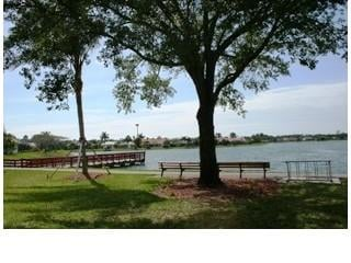Berkshire Lakes Naples Fl lake