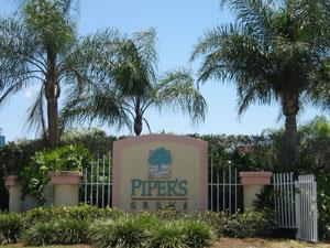 Pipers Grove Naples Fl community sign