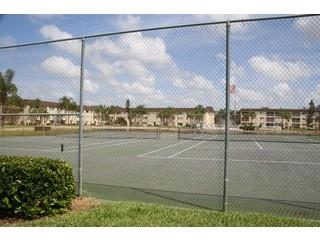 Gulf Winds East Naples Fl tennis courts