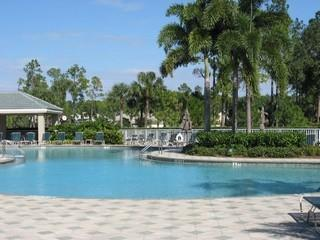 Vanderbilt Country Club Naples Fl community pool
