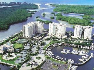 Pelican Isle Naples Florida condos for sale