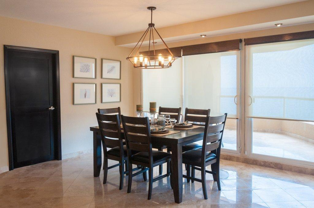La Jolla Excellence interior finishes - Ocean View Dining Room