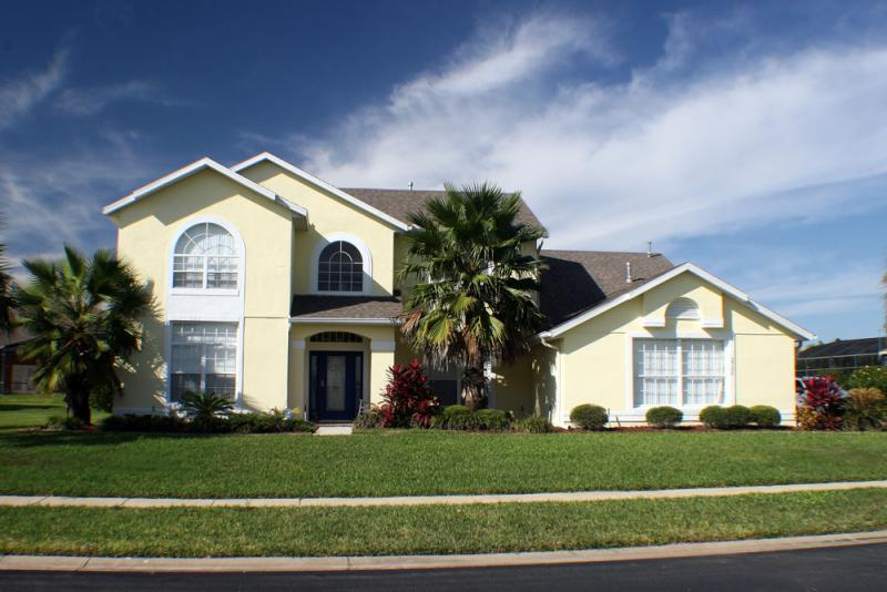 Formosa Gardens Pool Homes for Sale