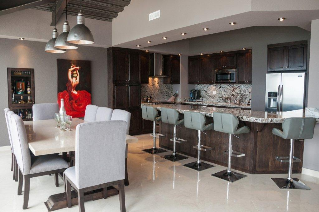 La Jolla Excellence interior finishes - Living Room & Kitchen