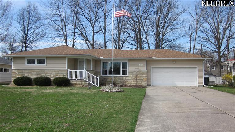 3490 Oxford Drive, Lorain, Ohio, 44053, SOLD HOMES, Updated Ranch, Full Basement, 3 Bedrooms, eat-in kitchen, attached 2 car garage, pool, deck, JoAnn Abercrombie, REMAX Pros, $100,000