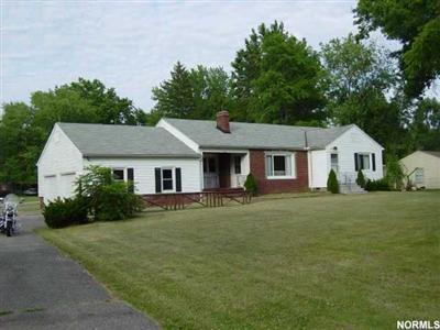 9601 East River Rd., Elyria, Ohio 44035, sprawling 3 bedroom Midview ranch, Carlisle Twp., wonderful large lot