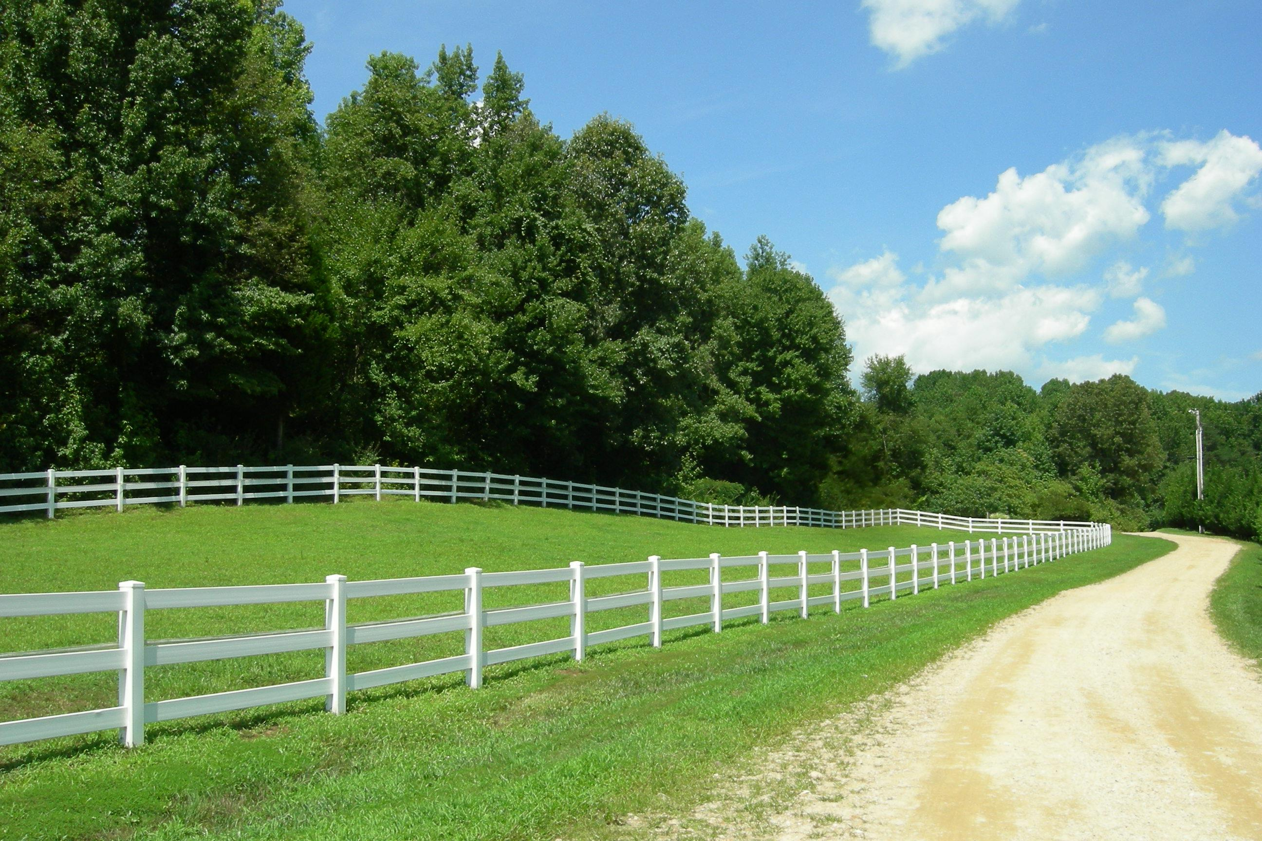 Fenced Pastures for Horses and Livestock in Southern Maryland Farm Property Residences