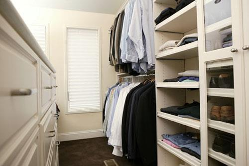 Shop for a home with your successors in mind. Look for buyer-friendly features, such as ample storage space.
