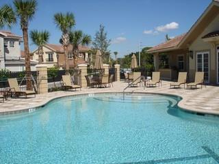 Remington Reserve Naples Fl pool