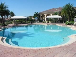 Saturnia Lakes Naples Fl community clubhouse pool
