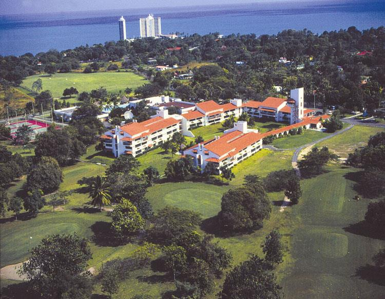 Coronado Golf And Beach Resort