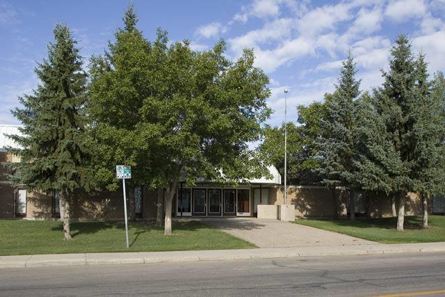 Silverwood Heights School in Silverwood Heights, Saskatoon