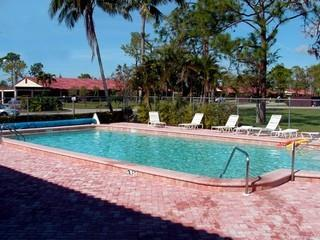 Lakewood Naples Fl neighborhood pool