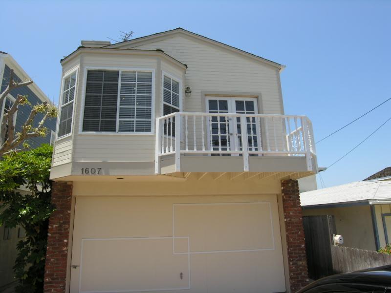 1607 Ford, Redondo Beach