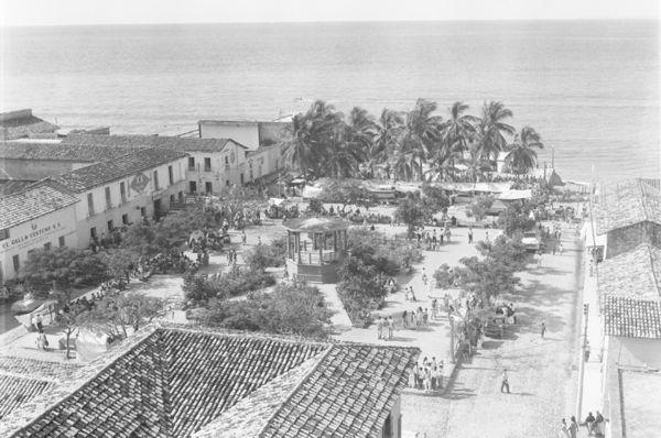 old picture of Vallarta