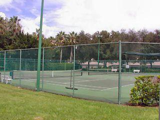 Walden Oaks Naples Fl tennis courts