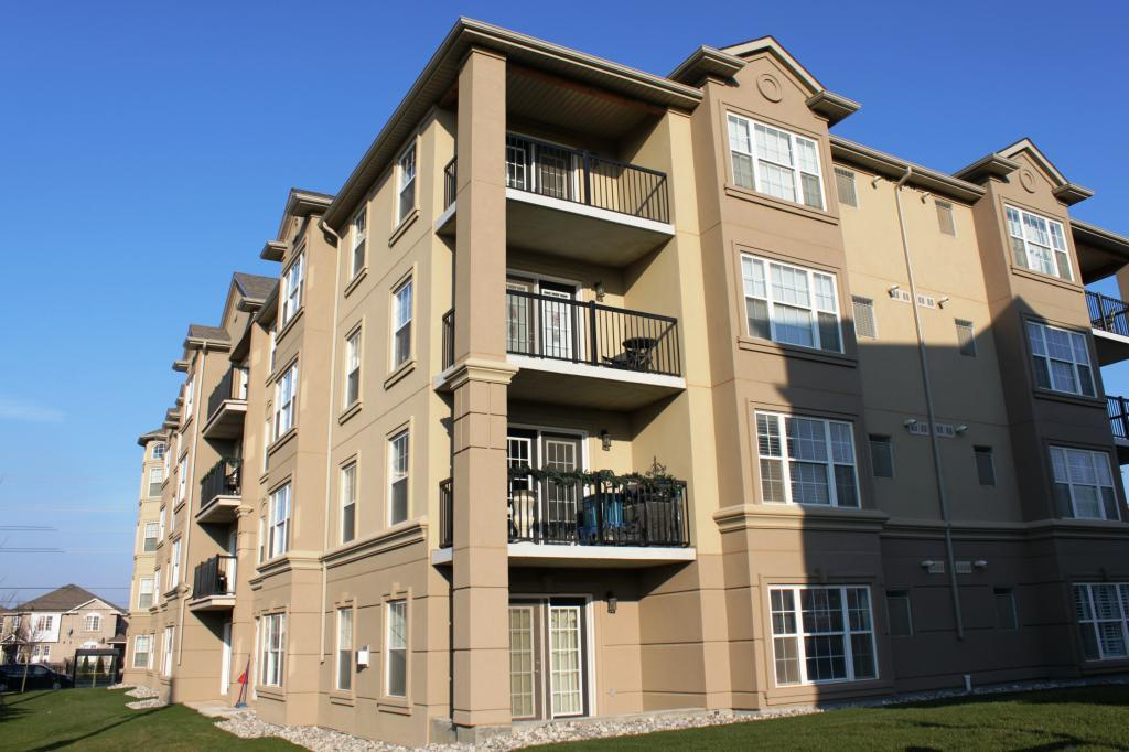 Bristol on Main condominiums in Milton