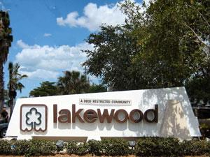 Lakewood Naples Fl neighborhood sign