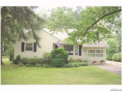 5536 Mackenzie, North Olmsted, Ohio 44070, charming 3-bedroom cape, large parklike yard, basement