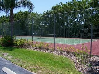 Imperial Golf Estates Naples Fl neighborhood tennis courts