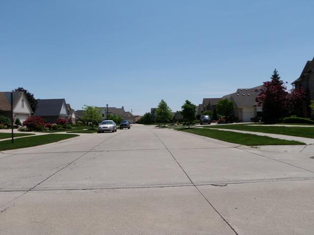 Caliburn Manor Street Views Livonia Michigan