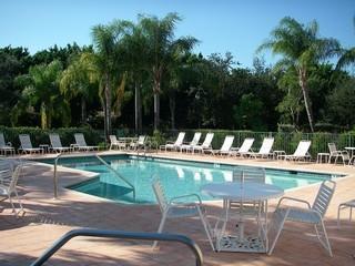 Kensington Naples Fl neighborhood pool