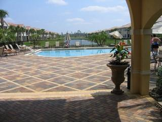 Aviano Naples Fl clubhouse pool