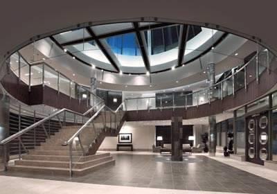 Ovation lobby