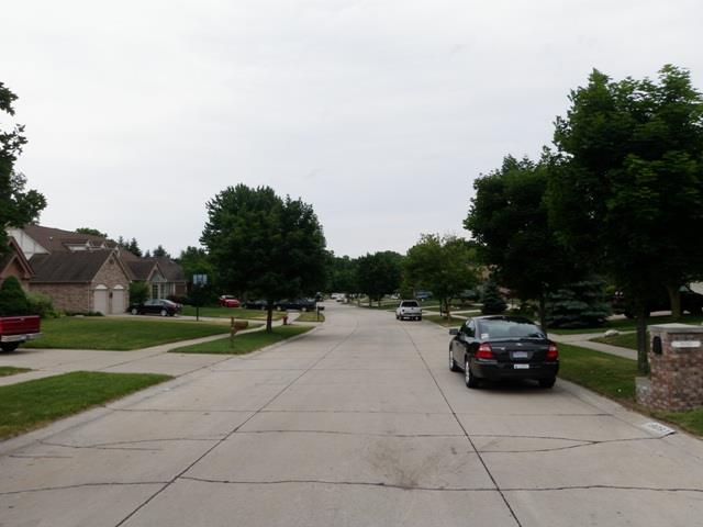 Carrington Estates Livonia Michigan street views