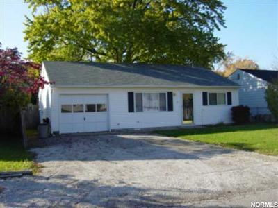 296 Woodridge Ave., Vermilion, Ohio 44089, 3 Bedroom ranch, many recent updates, walk to Lake Erie