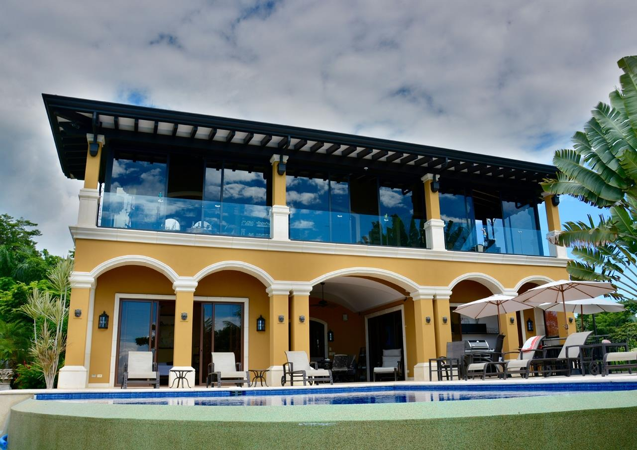 Costa Rica Homes 4 Sale slide 01