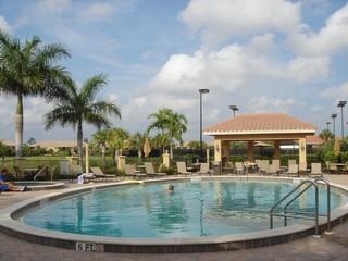 Vasari Naples Bonita Springs Fl neighborhood pool