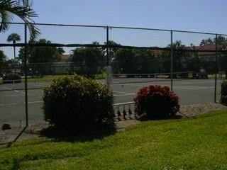 Forest Lakes Naples Fl tennis courts