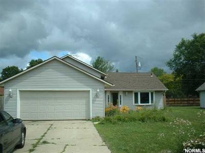 1728 Narragansett, Lorain Ohio 44053, 3 Bedroom Split Level Home, Amherst Schools