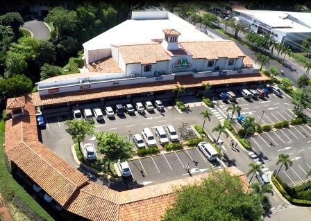 Shopping Center in Playas del Coco