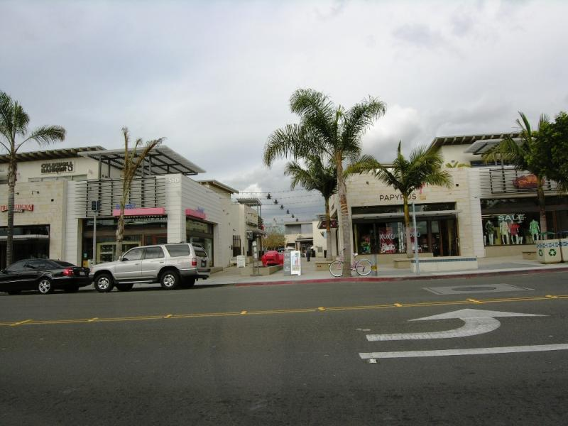 Manhattan Beach Metlox center photo