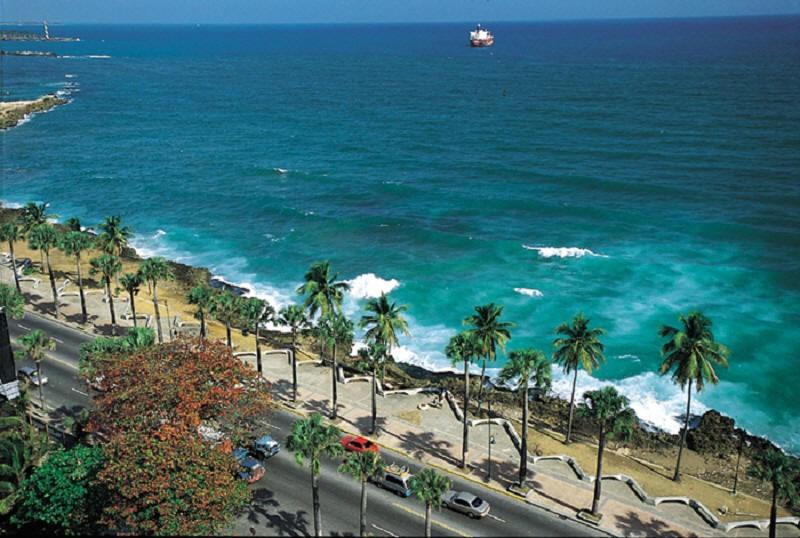 Beach front property for sale in Santo Domingo