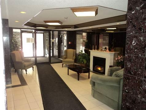 lobby 1180 Commissioners Road W London Ontario