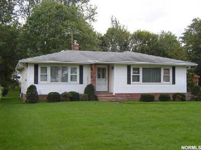 25281 Hall Dr, Westlake, Ohio 44145, 2 Bedroom Ranch, Basement, 2-Car Garage, Wonderful Treed Lot