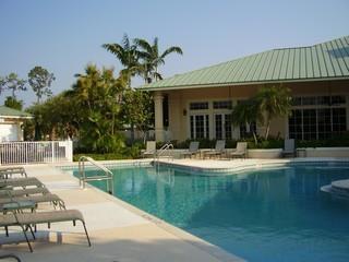 Forest Glen Naples Fl community pool